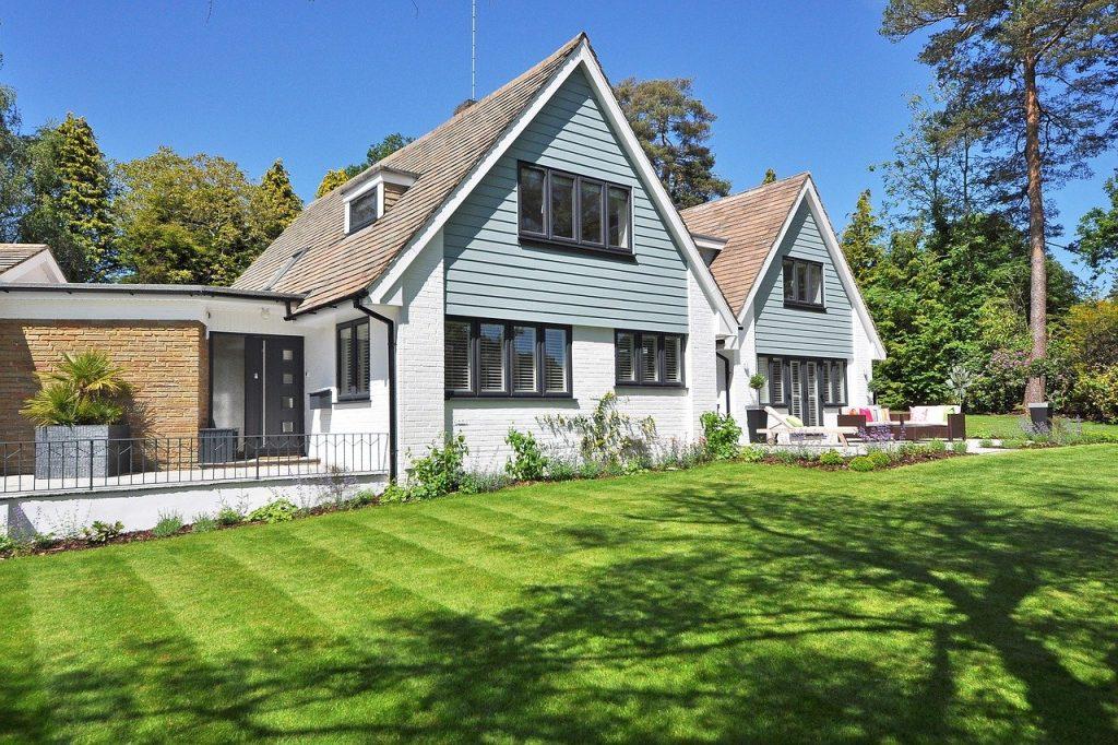 beautiful home, garden, new england style-2826052.jpg